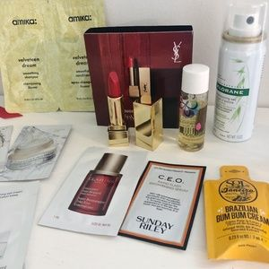 NWT Bundle of Deluxe Beauty Samples + Sephora Bag